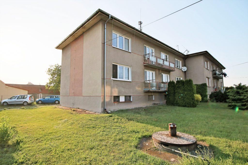 Prodej bytu 3+1 s balkónem 63 m2 Starý Vestec okr. Nymburk