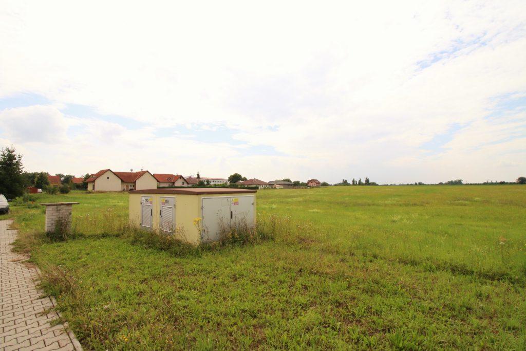 Prodej stavebních pozemků o velikosti 44 070m2 Nymburk – Drahelice