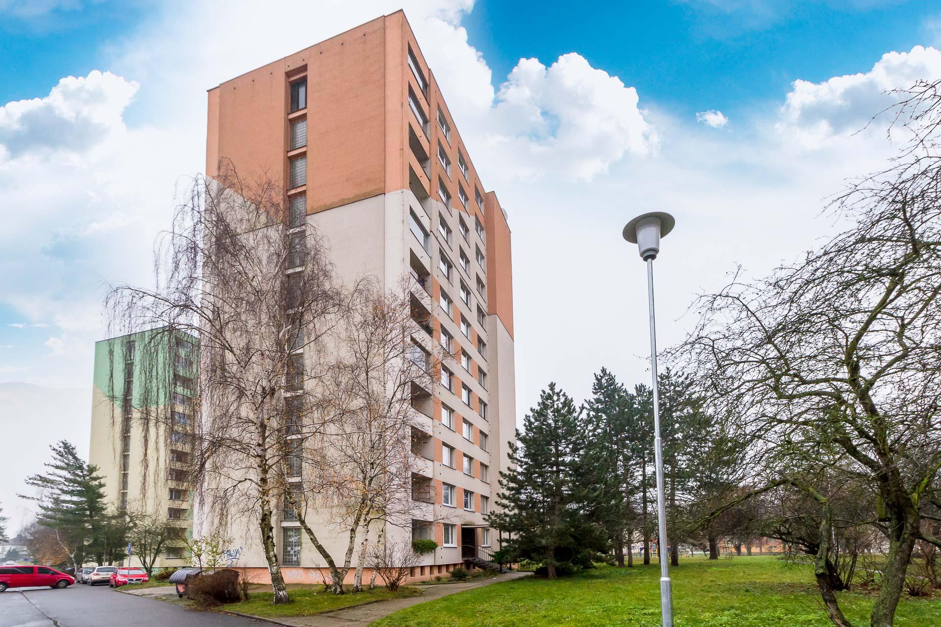 Prodej bytu 2+1 58 m² s garáží 16 m² Čelákovice
