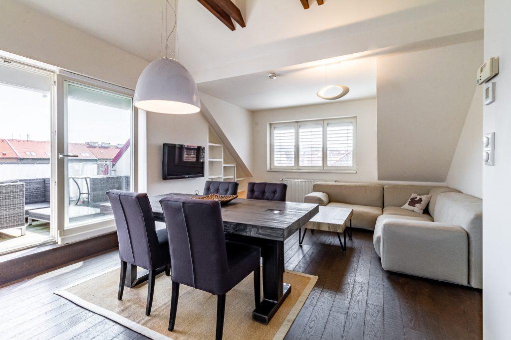 Prodej bytu 4+kk 97 m2  s terasou 13 m2 Praha 10 – Vršovice