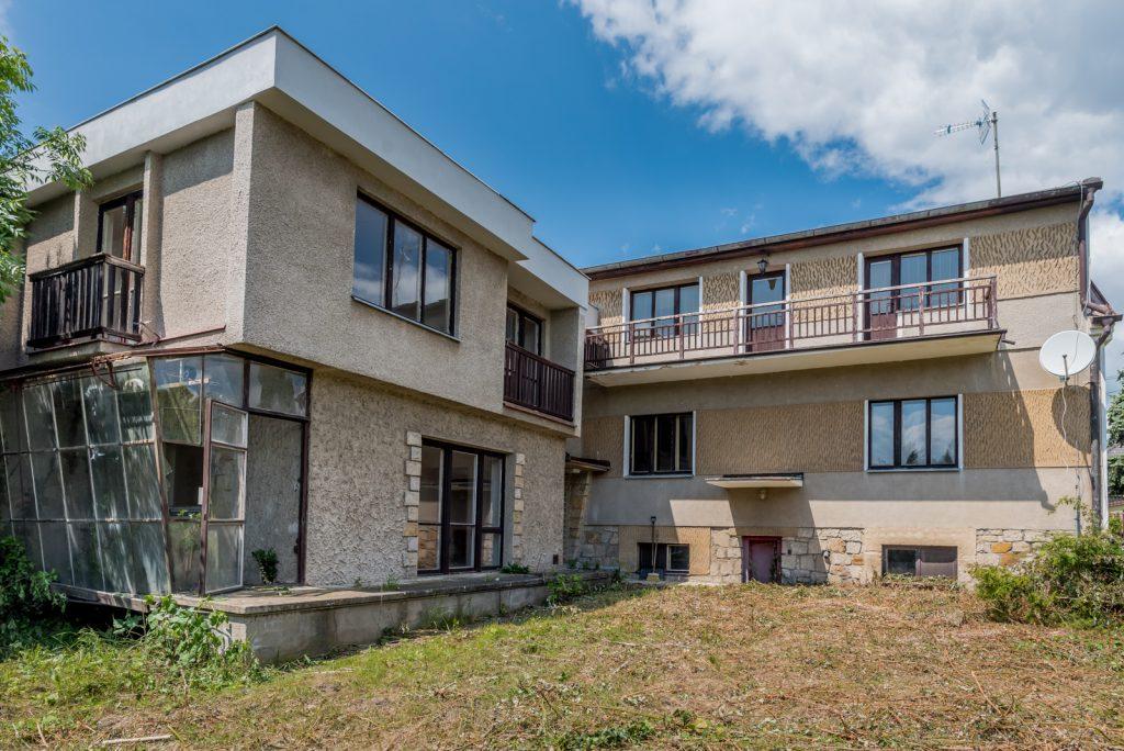Prodej rodinného domu 270 m2 na pozemku 936 m2,  Úvaly